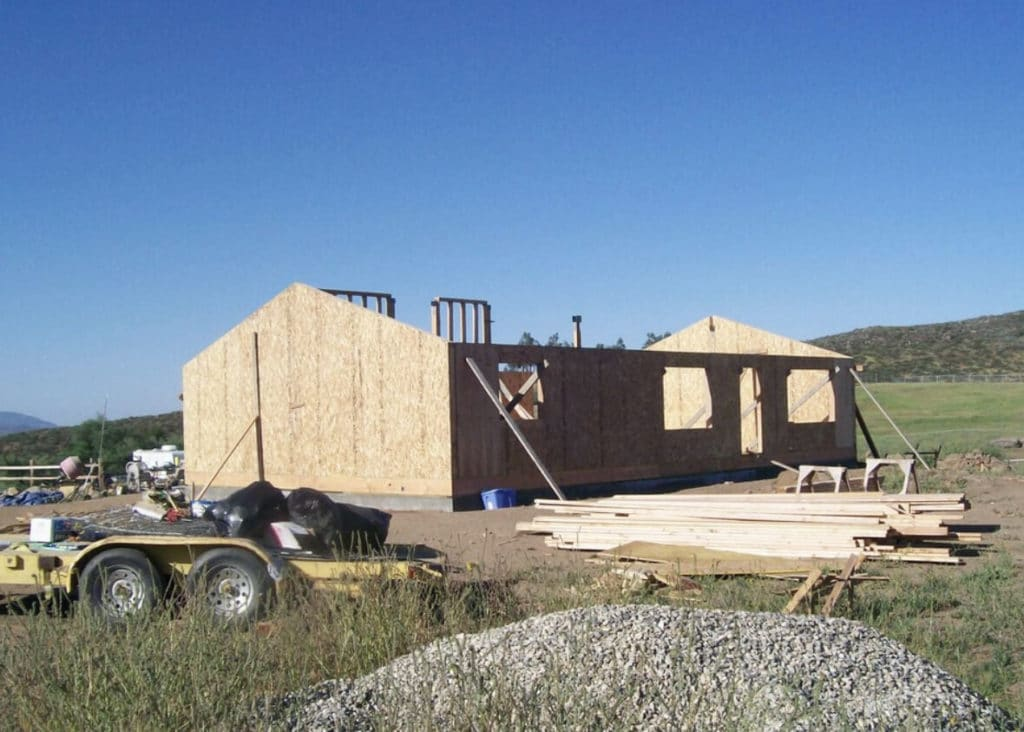 SIPs Build Green Homes with Little Waste